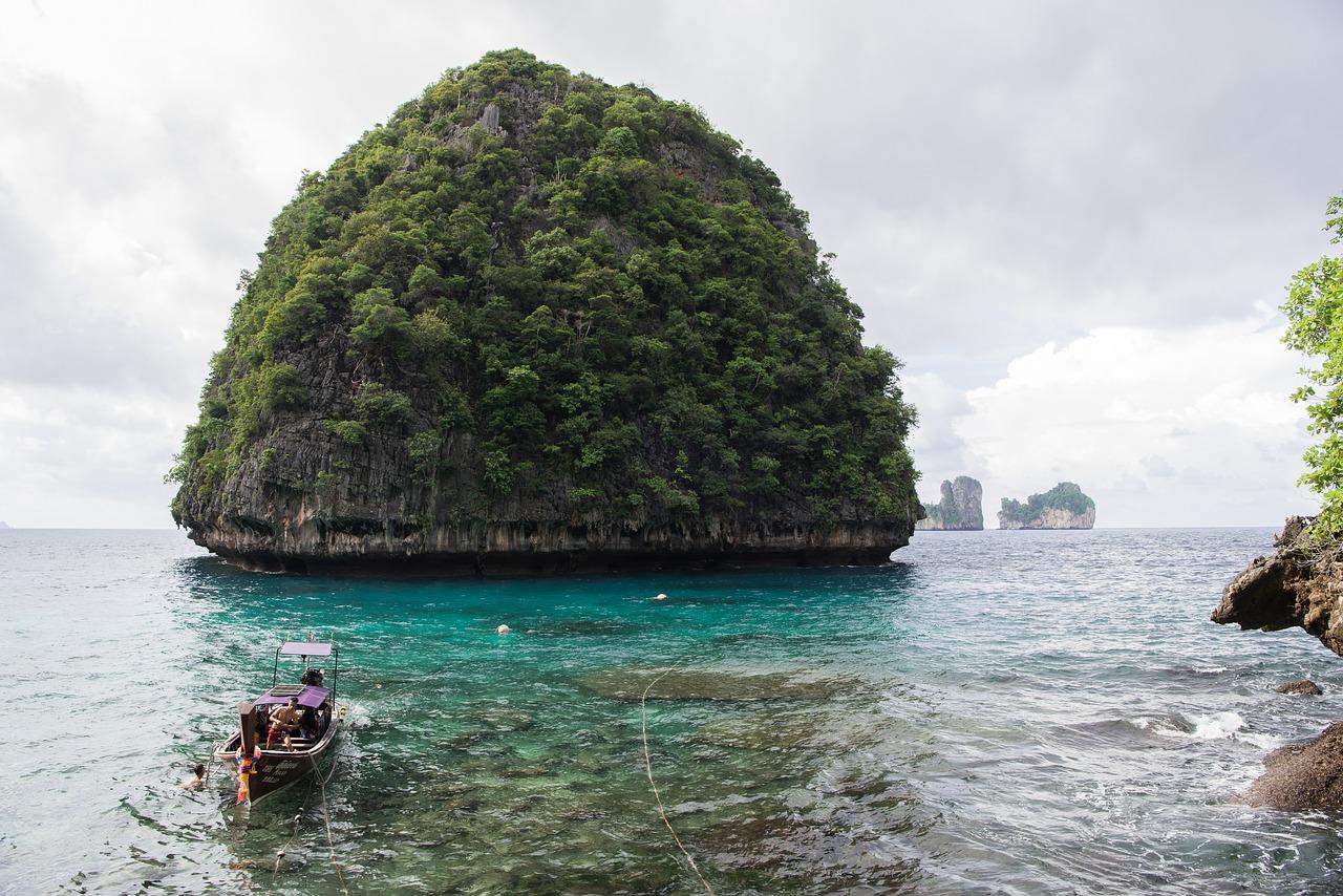phi-phi-islands-2538412_1280